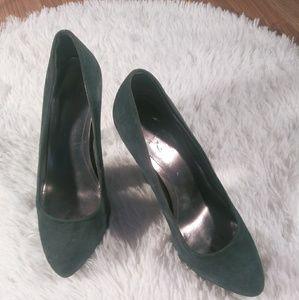 Calvin Klein Suede green pointed toe pumps